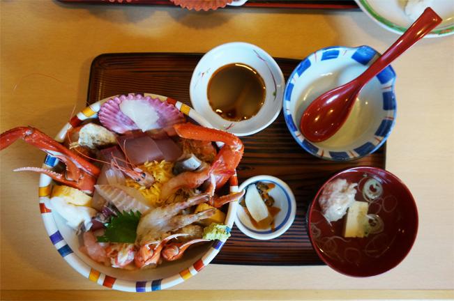 海鮮丼(1日30食限定)