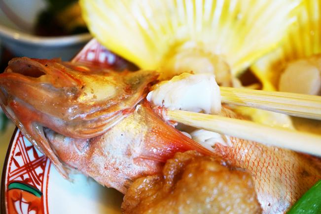 魚の煮付けは身がプリプリでジューシー