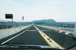 松江JCTー<だんだん道路>ーT字交差点写真